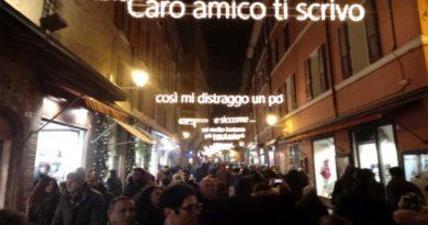 bologna natale luminarie di Lucio Dalla