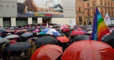 manifestazione contro le politiche anti-migranti del governo giallo-verde