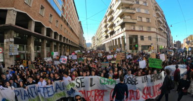 video corteo Fridaysforfuture Bologna