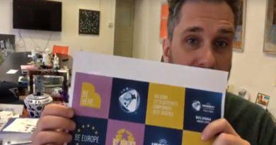 Matteo Lepore bandiera europea anche nei manifesti del cartellone estivo di eventi Bologna Estate 2019