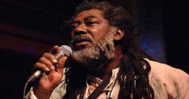 Canta amore e non violenza a Bologna arriva il cantante reggae Johnny Clarke