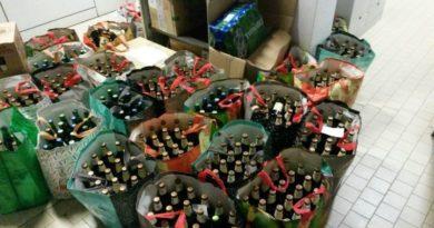 Spacciava birre sotto casa dove era agli arresti domiciliari multato un uomo al Pratello