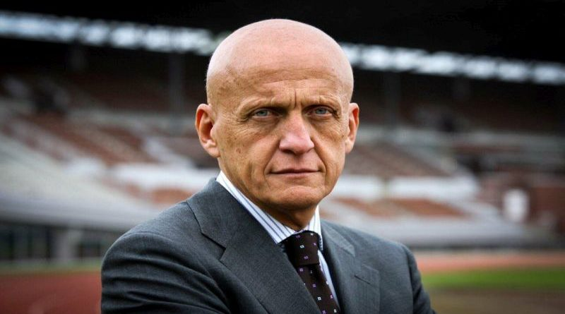 Pierluigi Collina, l'arbitro bolognese che ha conquistato il mondo