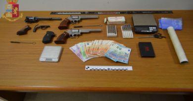 Spaccio di coca nel Bolognese, un italiano e un albanese arrestati